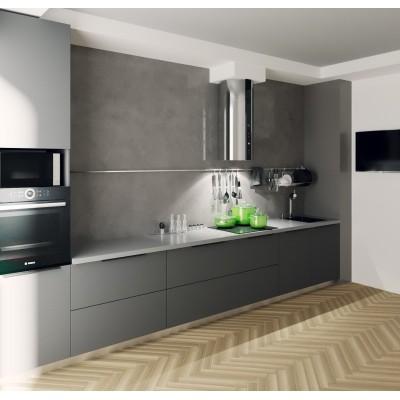 Прямая кухня. Кухня без верхних шкафчиков.